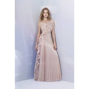 ☁️ H&M Conscious Pleat Long Ruffle Dress Gown